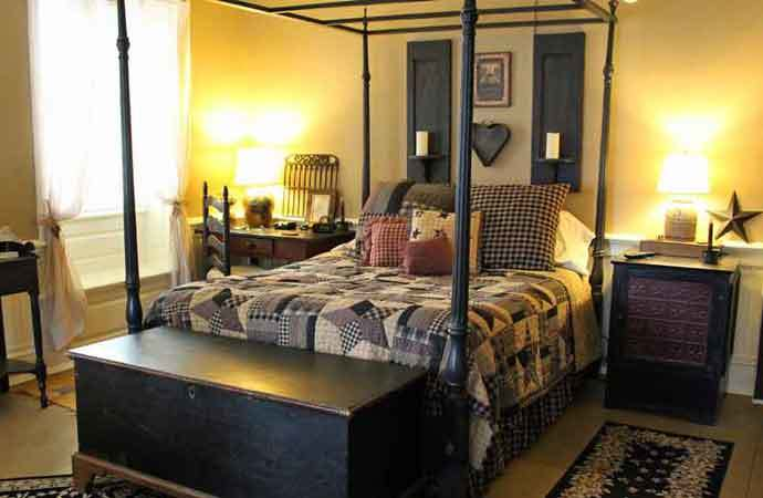 A Primitive Place Bedroom, 1777 Americana Inn Bed and Breakfast Lancaster PA