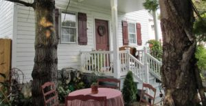 Front Deck of 1777 Americana Inn